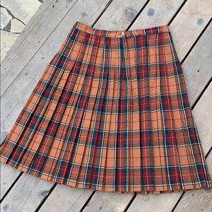 Dresses & Skirts - Vintage pleated wool skirt. Plus size